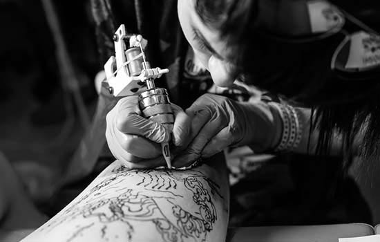 Learn how to tattoo